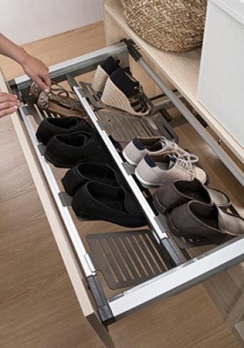 Armarios soluciones en kit maderas casais materiales for Sistema para zapateras