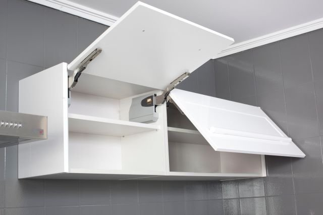 Bisagras de puertas de cocina luz led para bisagra de - Modulos de cocina baratos ...