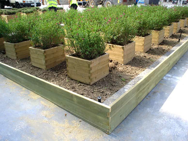 Mobiliario urbano maderas casais materiales de carpinter a en a coru a galicia - Imagenes de jardineras ...
