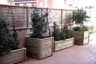 Mobiliario urbano maderas casais materiales de - Jardineras de exterior ...