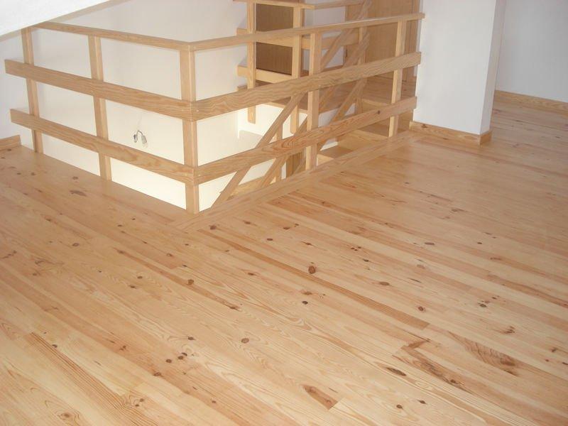 Pino rojo tarimas de madera maderas casais - Casas de madera de pino ...