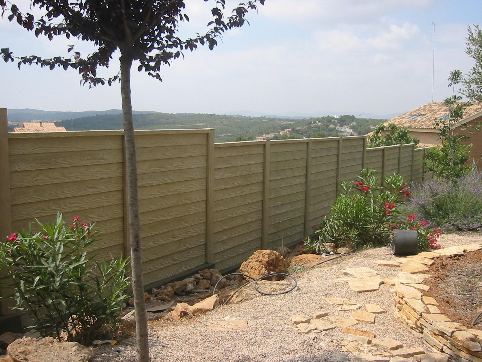 Cerramientos maderas casais materiales de carpinter a for Cerramientos para jardines