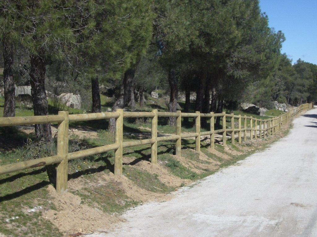 Cerramientos maderas casais materiales de carpinter a en a coru a galicia - Cierres de fincas en galicia ...