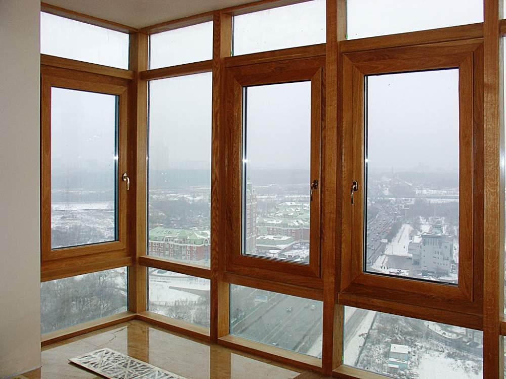 Ventanas monoblock maderas casais materiales de for Pintar ventanas de madera exterior