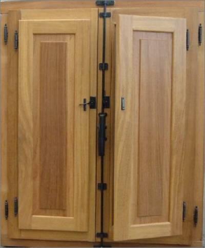 Precio de ventanas de madera latest perfect instalacion for Puertas exteriores baratas